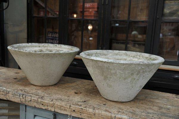 Maceteros de jardín de cemento, años 50. Juego de 2 en venta en Pamono