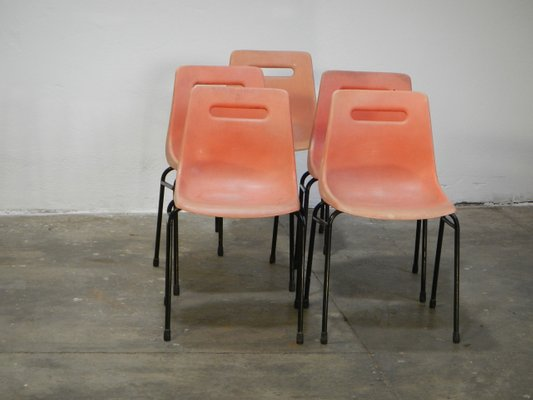 Grosfillex Sedie Da Giardino.Sedie Vintage Di Grosfillex Set Di 5 In Vendita Su Pamono