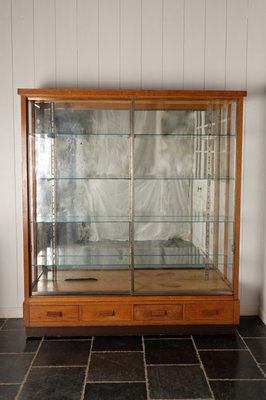 Vintage Oak Display Cabinet With Mirrored Back Wall 1