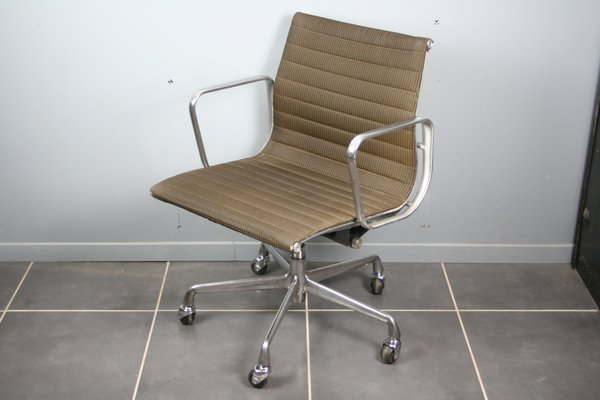 Stupendous Model Groupe Alu Swivel Desk Chair By Charles Ray Eames For Herman Miller 1980S Forskolin Free Trial Chair Design Images Forskolin Free Trialorg