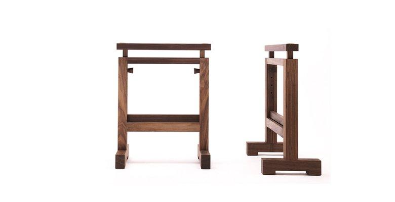 Tavolo Torre su cavalletti di Enrico Tonucci per Tonucci Manifestodesign