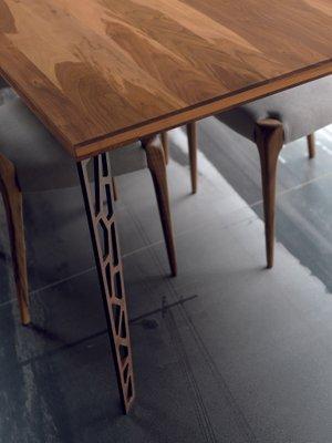 Tavolo grande con ripiano in legno naturale oliato e gambe in ...