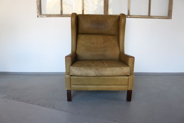 Vintage Leather Wingback Chair by Georg Thams, 1960s 1 - Vintage Leather Wingback Chair By Georg Thams, 1960s For Sale At Pamono