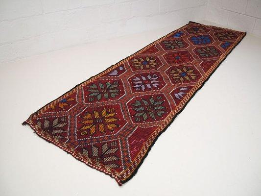 0b4f641d8d03f3 Tappeto vintage tribale, Turchia in vendita su Pamono