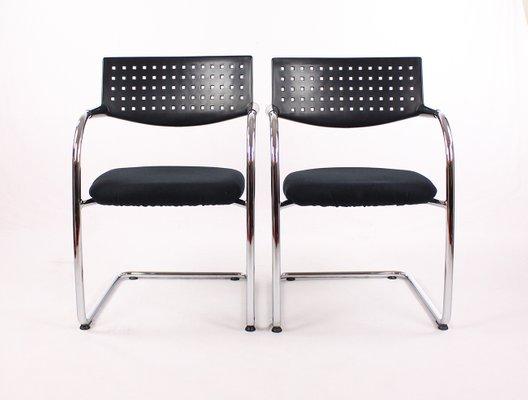 Sedie In Metallo E Plastica : Sedie vis a vis vintage in metallo cromato e plastica di vitra