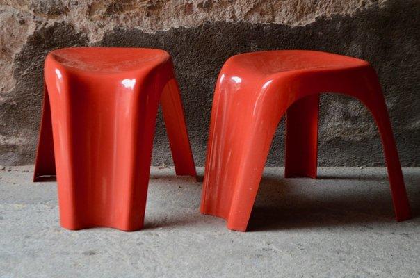 Sgabelli stacki rossi di giorgina castiglioni per bilumen 1973 set