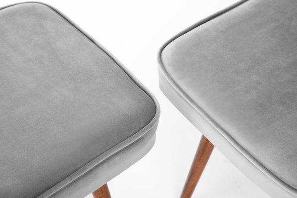 Sgabelli grigio chiaro anni 60 set di 2 in vendita su pamono