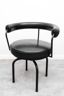 Sedie girevoli LC7 di Charlotte Perriand e Le Corbusier per Cassina, anni  \'70, set di 6