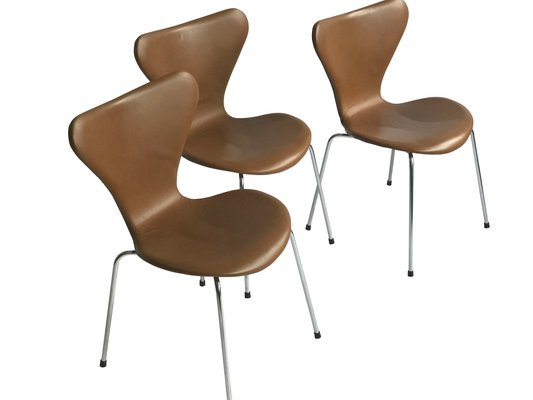 Vintage 3107 Butterfly Chair In Leather By Arne Jacobsen For Fritz Hansen 4