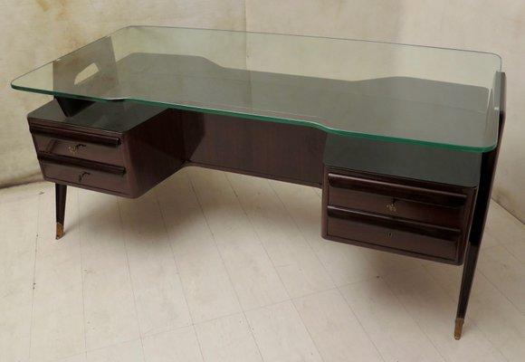 Schreibtisch Aus Nussholz Glas Von Vittorio Dassi 1950 Bei Pamono