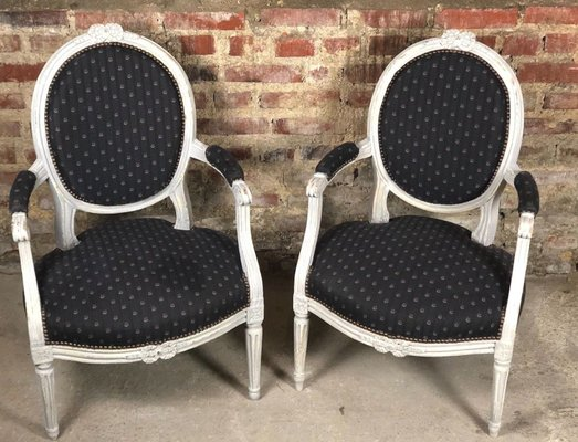 Antique Wooden Armchairs, Set of 2 1 - Antique Wooden Armchairs, Set Of 2 For Sale At Pamono