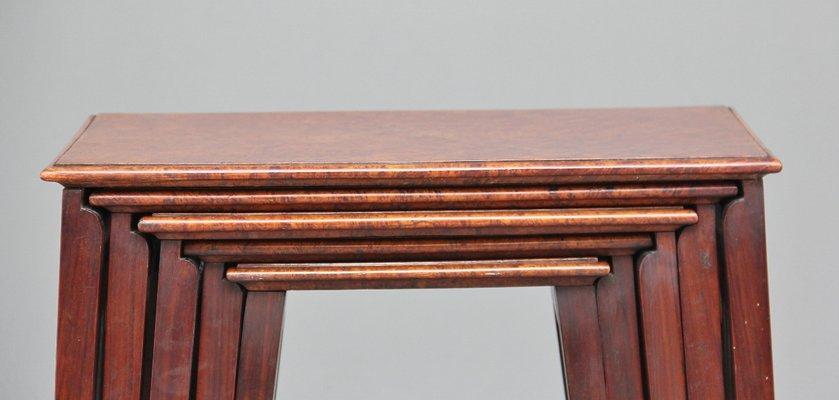 Tavoli ad incastro antichi in teak e radica di noce, set di 5