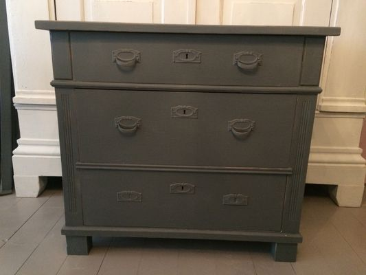 Antique Grey Chest Of Drawers 1