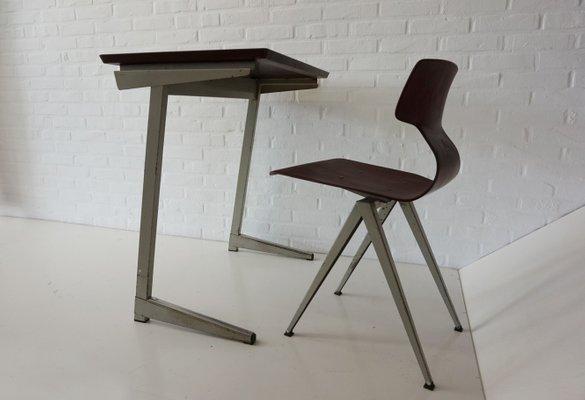 Bureau En Contreplaqué : Bureau et chaise industriels en contreplaqué de galvanitas s