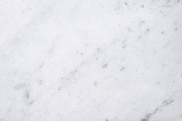 Piatto Piano #1 in Bianco Carrara Marble by Ivan Colominas for MMairo