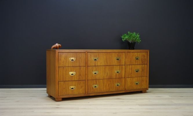 Vintage Cabinet From Drexel Heritage
