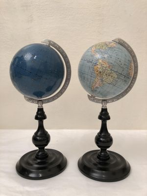 Globes For Sale >> Vintage Terrestrial Globes From Columbus Set Of 2 For Sale At Pamono
