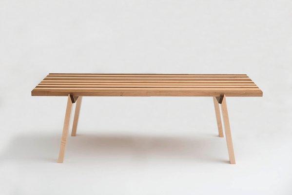 Tavolo Alveo in legno massiccio multicolore in vendita su Pamono