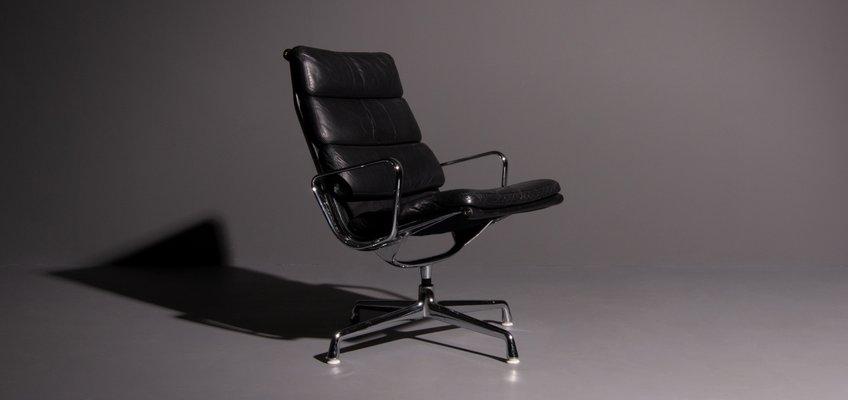 eames fauteuil Fauteuil Modèle EA 216 Vintage Noir par Charles u0026 Ray Eames pour Herman  Miller, Image