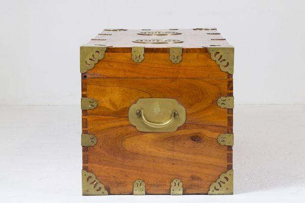 Antike Chinesische Kommode Aus Kampferholz Bei Pamono Kaufen