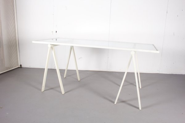Bureau vintage en verre métal blanc pied tréteaux de