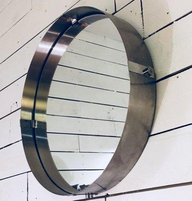 Großer Runder Spiegel Mit Rahmen Aus Gebürstetem Aluminium 1970er