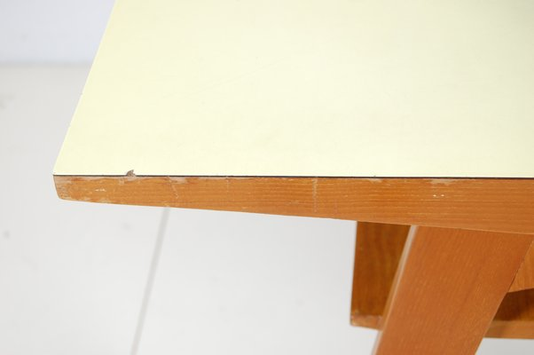 Tavolo Formica Giallo : Tavolo doppio in formica bicolore anni in vendita su pamono
