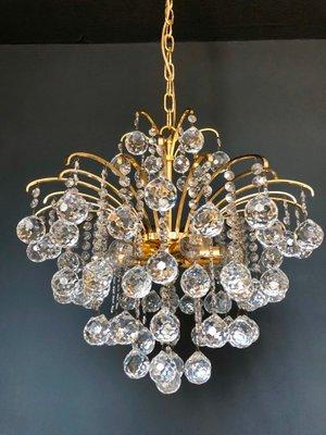 Lampadario Con Sfere Di Cristallo.Lampadario Placcato In Oro Con Sfere Di Cristallo Di Christoph Palme