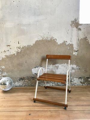 Chaise DEnfant Vintage En Metal