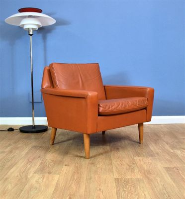 Vintage Danish Tan Leather Lounge Chair 2