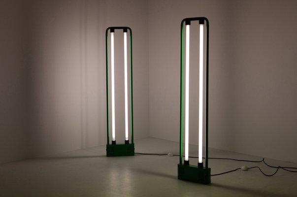 Luci Al Neon Per Ufficio.Lampada Da Terra Gigante Vintage Verde Con Luce Al Neon Di Gian Nicola