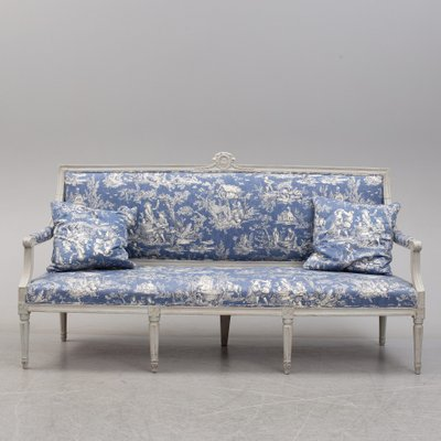 Peachy 18Th Century Gustavian Sofa Squirreltailoven Fun Painted Chair Ideas Images Squirreltailovenorg