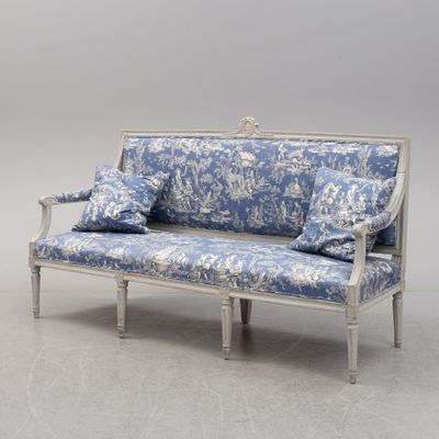 18th Century Gustavian Sofa 2