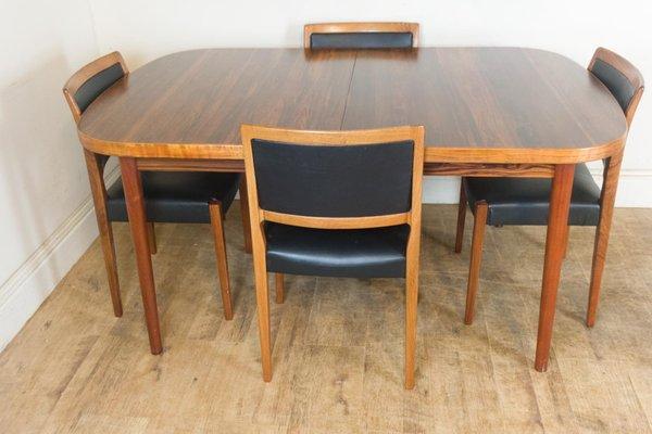 Tavolo da pranzo in palissandro e quattro sedie di Nils Jonsson per Troeds,  anni \'60