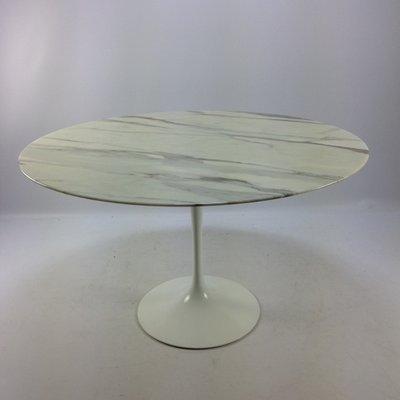Vintage Marble Dining Table By Eero Saarinen For Knoll International