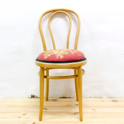 Sedie Vintage Anni 60.Sedia Vintage In Legno Curvato Anni 60 In Vendita Su Pamono