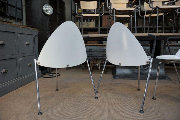 Sedie impilabili in metallo e legno laccato bianco di Sope Finland ...