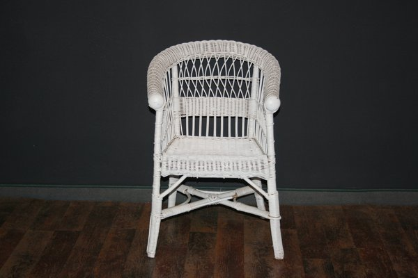 Enjoyable Antique White Childrens Wicker Chair Ncnpc Chair Design For Home Ncnpcorg