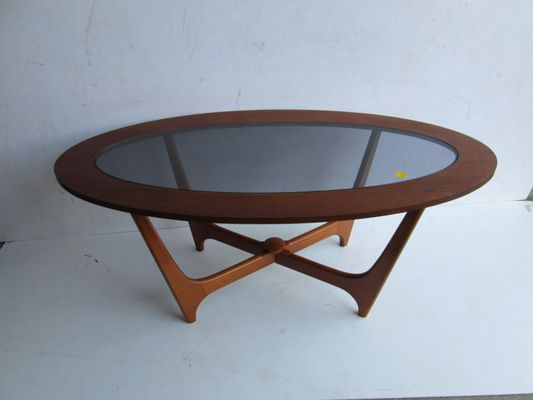 Vintage Oval Teak Coffee Table 1960s For Sale At Pamono