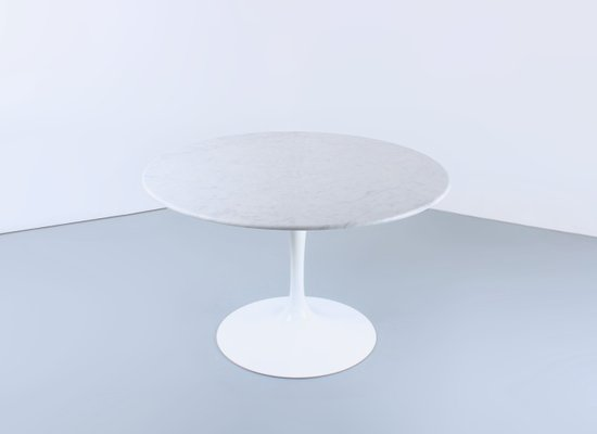 Round White Tulip Marble Dining Table By Eero Saarinen For Knoll, 1960s