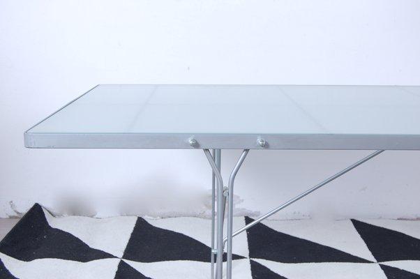 Table Moment En Acier Et En Verre Par Niels Gammelgaard Pour Ikea