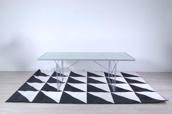 Ikea Tavoli Di Vetro.Tavolo Moment In Acciaio E Vetro Di Niels Gammelgaard Per Ikea