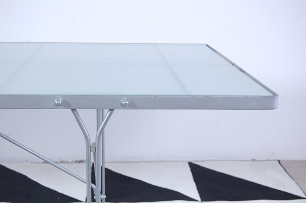 Tavolo Vetro Rotondo Ikea.Tavolo Moment In Acciaio E Vetro Di Niels Gammelgaard Per Ikea