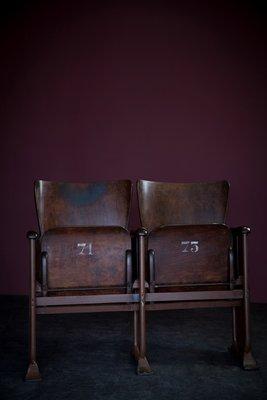 Sedie Da Cinema Vintage.Sedie Da Cinema Nr 71 73 Vintage In Vendita Su Pamono