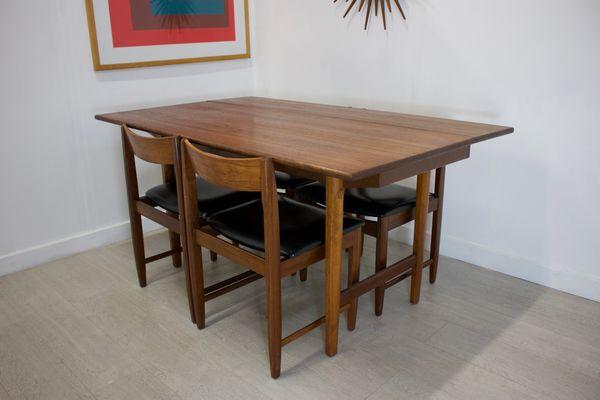 Tavolo da pranzo Mid-Century allungabile con quattro sedie ...