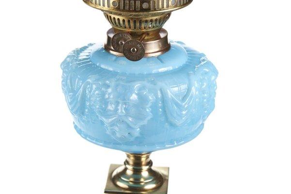Lampade Ad Olio Per Esterni : Lampada ad olio antica a forma di colonna in ottone in vendita su