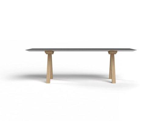 Gambe In Alluminio Per Tavoli.Tavolo B Con Ripiano In Alluminio Anodizzato E Gambe In Legno Di