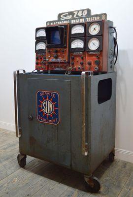 Banc De Mesure électronique Industriel Décoratif De Sun 1960s En