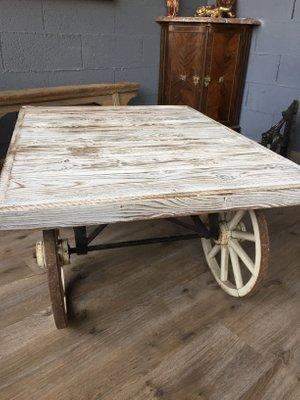 Admirable Vintage Industrial Coffee Table Creativecarmelina Interior Chair Design Creativecarmelinacom
