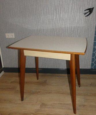Mesa de cocina 500 de madera y formica de Müller, años 50 en venta ...